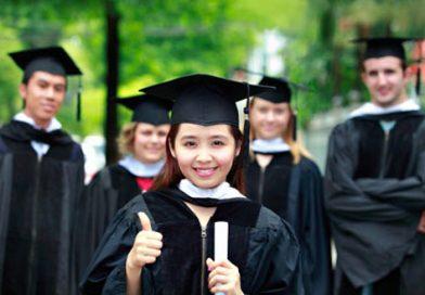 """""""Ngày hội việc làm"""" bùng nổ tại trường Đại học công nghiệp Hà Nội năm 2017"""