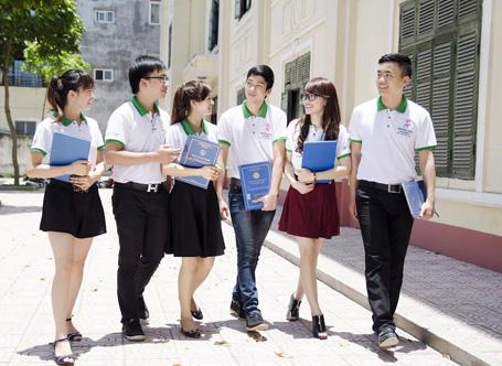 Sinh viên liên thông đại học ngành Kế toán tại Đại học Kinh Tế Quốc dân được học tập trong môi trường hiện đại, tiện nghi
