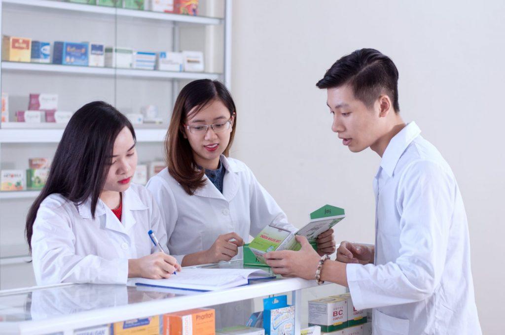Học Liên thông Cao đẳng Dược năm 2018, cần chuẩn bị hồ sơ với các loại giấy tờ nào?